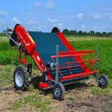 Semi-professional, self-propelled, electric harvester for green salade - Terrateck