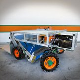 Self-propelled vegetable harvester on wheels ORTOMEC